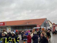 გერმანიაში კარნავალზე ხალხში მანქანა შევარდა – დაშავებულია 10-მდე ადამიანი