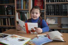 ხაშურში წიგნის საჯარო კითხვის მსოფლიო დღე აღინიშნა