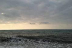 წყალზე მაშველებმა შავი ზღვის სანაპირო ზოლზე 9 მოქალაქე გადაარჩინეს