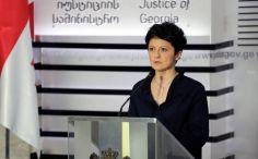 """თეა წულუკიანი: როცა ხელისუფლება შეიცვლება, ქვეყნიდან კი არ მოვცოცხავ, არამედ """"ქართული ოცნების"""" გვერდით ვიდგები"""