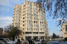"""""""ჰუალინგ ჯგუფი"""", რომელსაც ეკონომიკის სამინისტროს ყოფილ ტერიტორიაზე სასტუმრო უნდა აეშენებინა, ყოველდღიურად 500 ლარით დაჯარიმდება"""